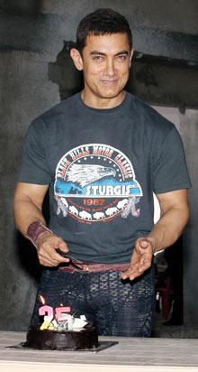 Aamir Khan: Celebrating the 25th anniversary of QSQT