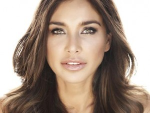 """I believe with all my heart that I will heal completely"" – Lisa Ray"