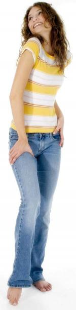 Girl wearning jeans