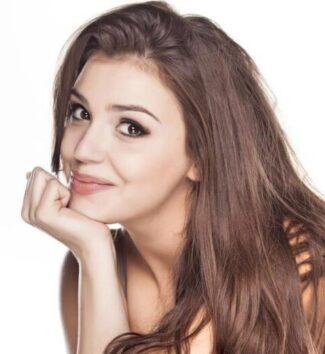 Beautiful smiling woman | Facial exercises