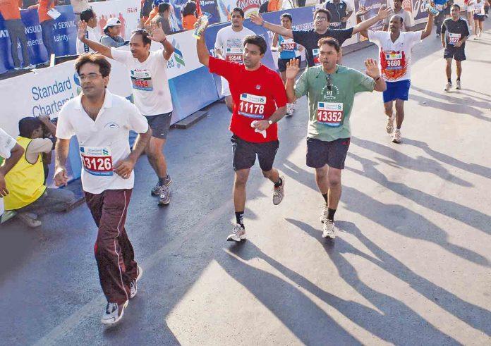Standard Chartered Mumbai Marathon 2011