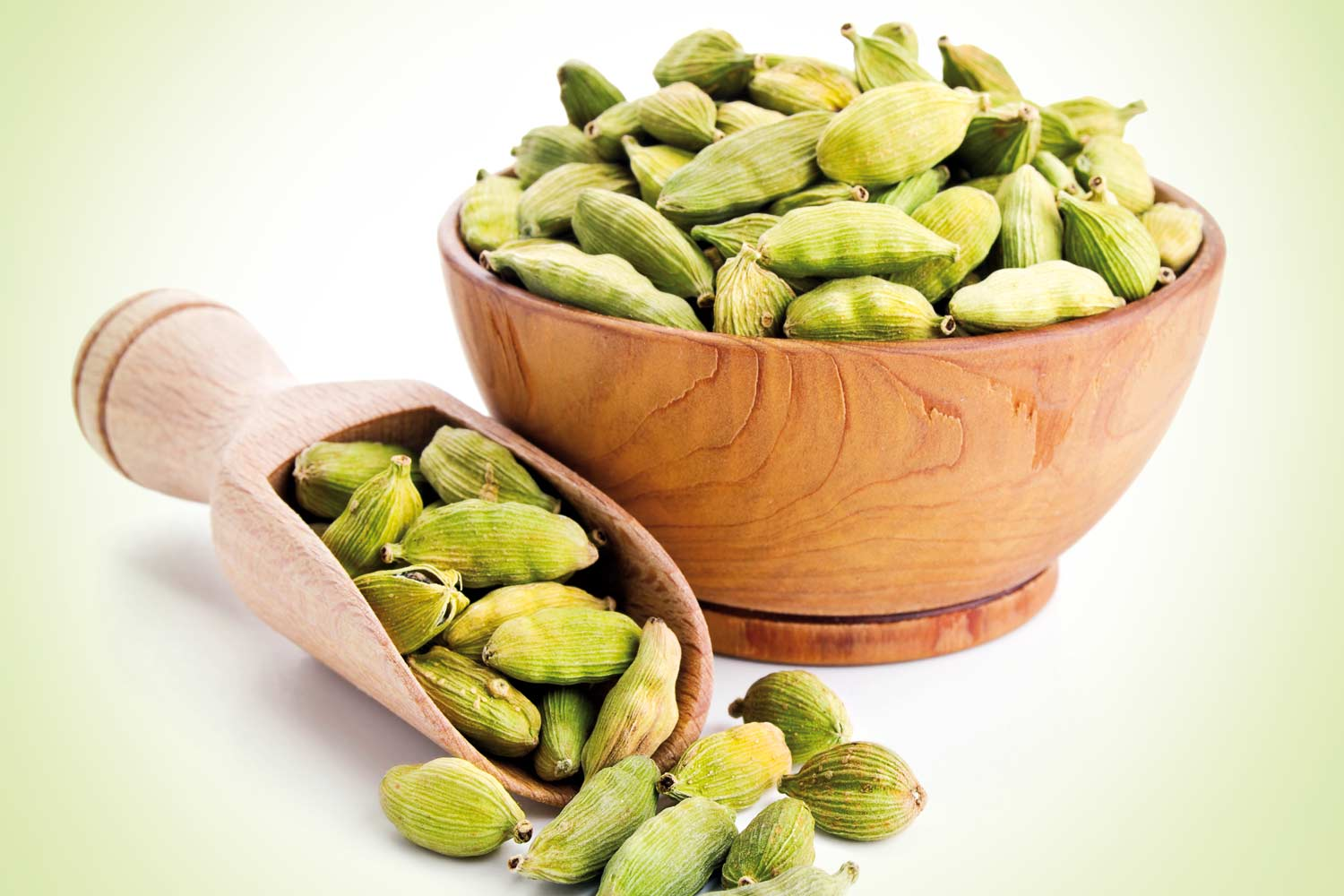 10 amazing home remedies using cardamom - Complete Wellbeing
