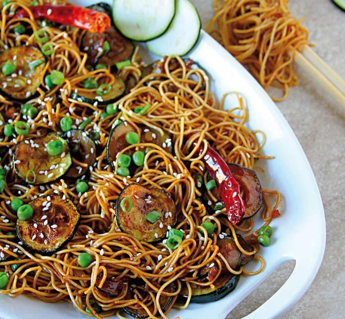 Zucchini hakka noodles