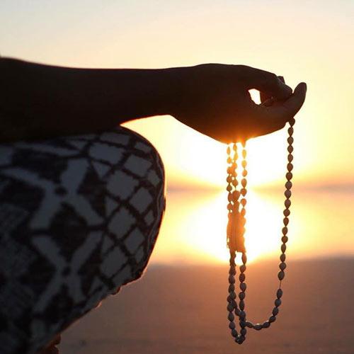 Chanting using beads