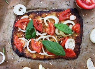square pizza with tomato onion topping, vegan
