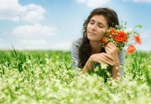 woman in field, environment, flowers