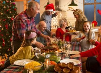 family dinner at christmas, holidays