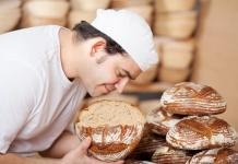 baker smelling bread, passion