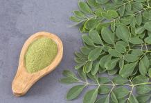 moringa leaves and powder
